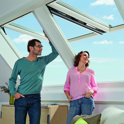 smart und komfortabel wohndachfenster automatisch steuern energie fachberater. Black Bedroom Furniture Sets. Home Design Ideas