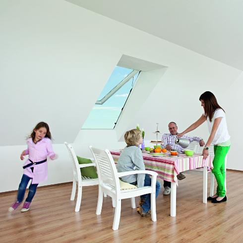 auch beim dachfenster auf wohngesundheit achten energie fachberater. Black Bedroom Furniture Sets. Home Design Ideas