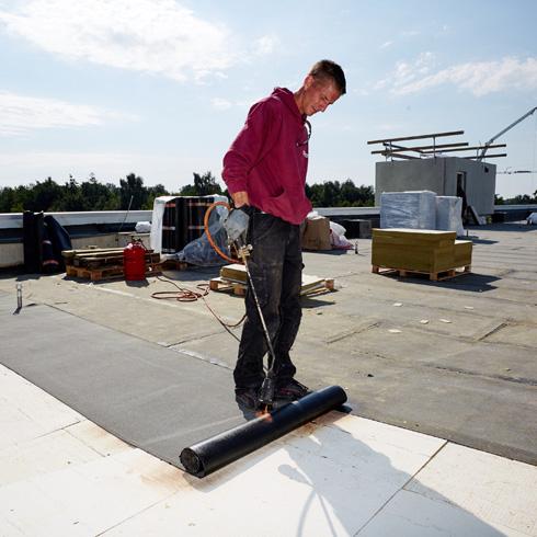 flachdachd mmung verbesserter w rmeschutz maximaler brandschutz energie fachberater