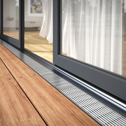 mit fassadenrinne den zugang zu balkonen und terrassen sichern energie fachberater. Black Bedroom Furniture Sets. Home Design Ideas