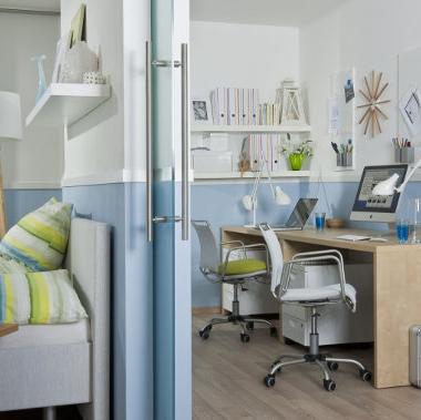 wohnraumgestaltung mit pfiff schiebet ren in. Black Bedroom Furniture Sets. Home Design Ideas