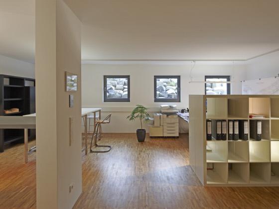 Keller Als Wohnraum: Unterirdisches Büro Bild Größer Anzeigen