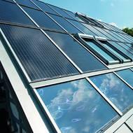 dachintegrierte solaranlagen ersetzen normale dacheindeckung energie fachberater. Black Bedroom Furniture Sets. Home Design Ideas