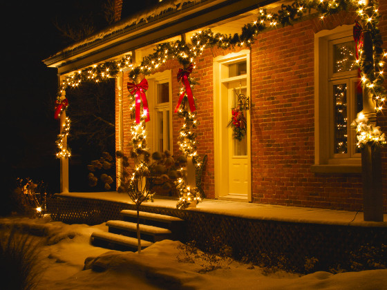 weihnachtsbeleuchtung aber sicher energie fachberater. Black Bedroom Furniture Sets. Home Design Ideas