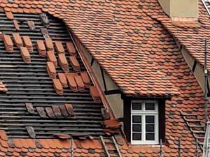 Dacheindeckung Biberschwanzziegel Bild Grosser Anzeigen