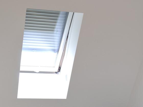 Extrem Der richtige Sonnenschutz für Dachfenster - ENERGIE-FACHBERATER CB38
