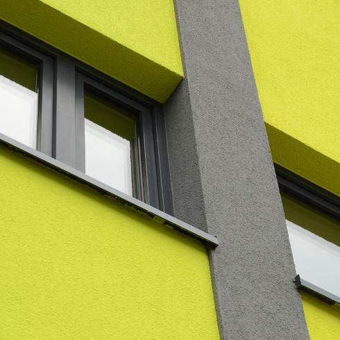 Ökologische Fassadensanierung mit Putz und Farbe - ENERGIE ...