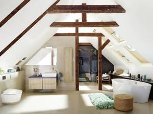 Neues Bad Im Dachgeschoss Das Mussen Hausbesitzer Beachten